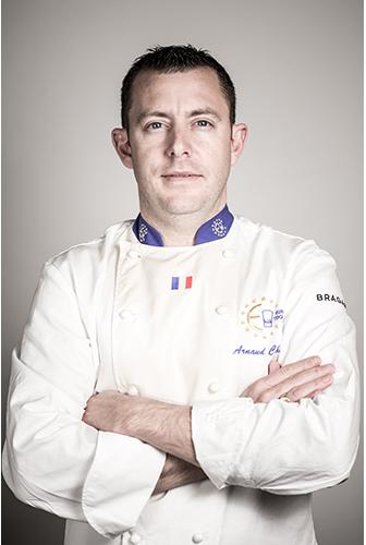 Portrait d'Arnaud CHARTIER - chef cuisinier au PITEY à Arès